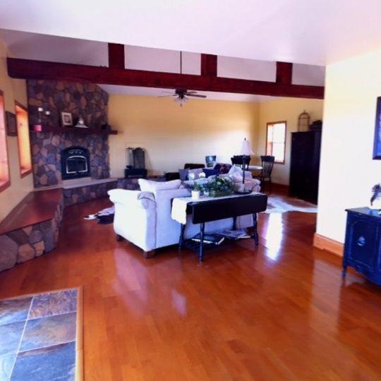http://survivalist.com/wp-content/uploads/2016/05/Arizona-Green-Home-3-540x540.jpg