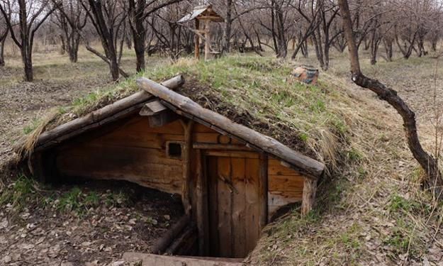 Root cellars 101 root cellar design use and mistakes to for Cost to build wine cellar