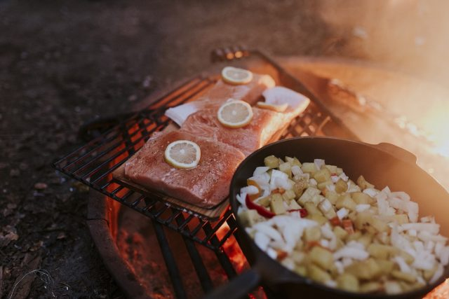 Salmon-on-plank-in-firepit